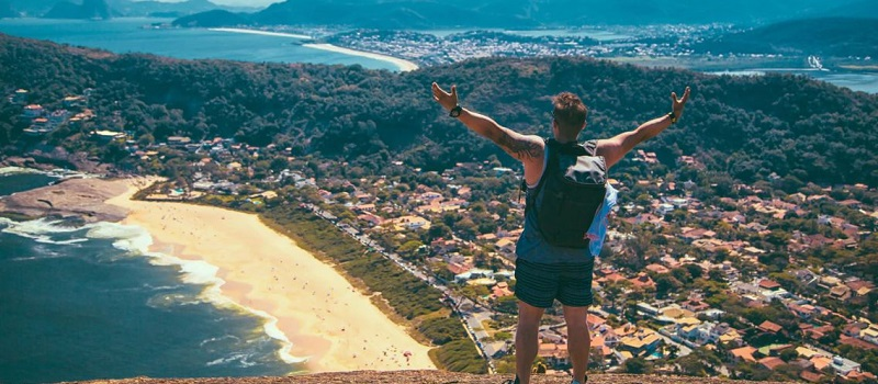 How to Set up a Travel Blog - get on with travelling